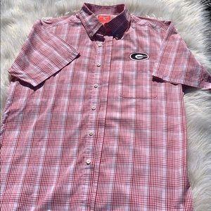 EUC Men's UGA short sleeve button down shirt